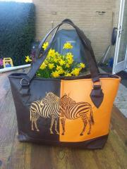Bag with Zebra free embroidery design