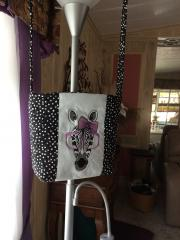 Embroidered bag with zebra free design