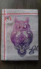 Embroidered kitchen napkin with Owl design