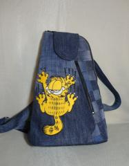 Bag with Garfield free embroidery design