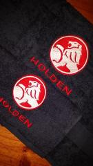 Set of towels with holden logo