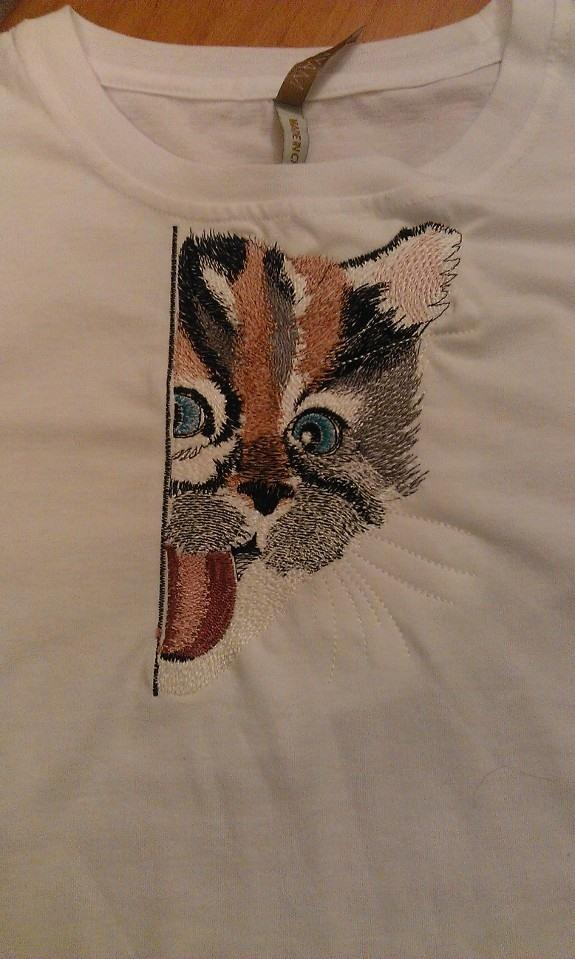 Embroidered t-shirt with angry cat design
