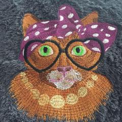 Granny cat machine embroidery design