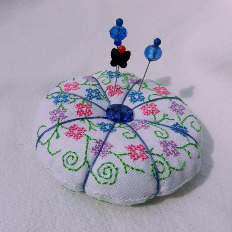 blue-pumpkin-shaped-pincushion.jpg