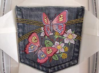 jeans-pocket-with-butterflies-embroidery-design.JPG