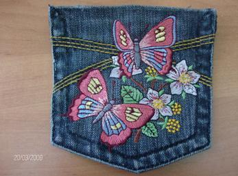 jeans-pocket-with-machine-emroidery.JPG