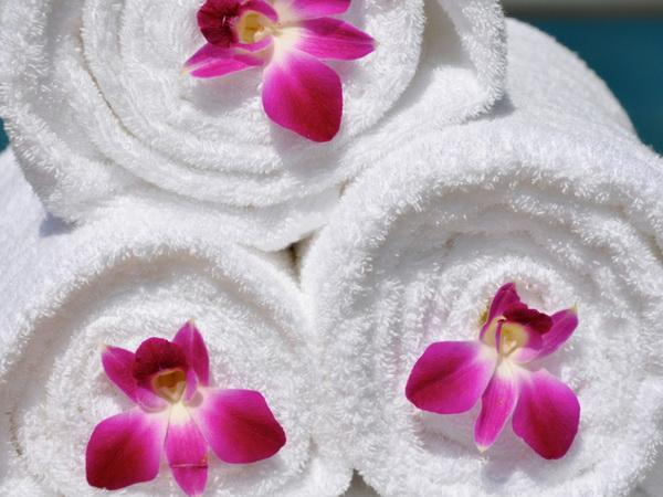 Bath towels from white terry cloth