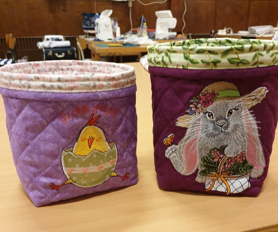 Embroidered baskets with Easter designs