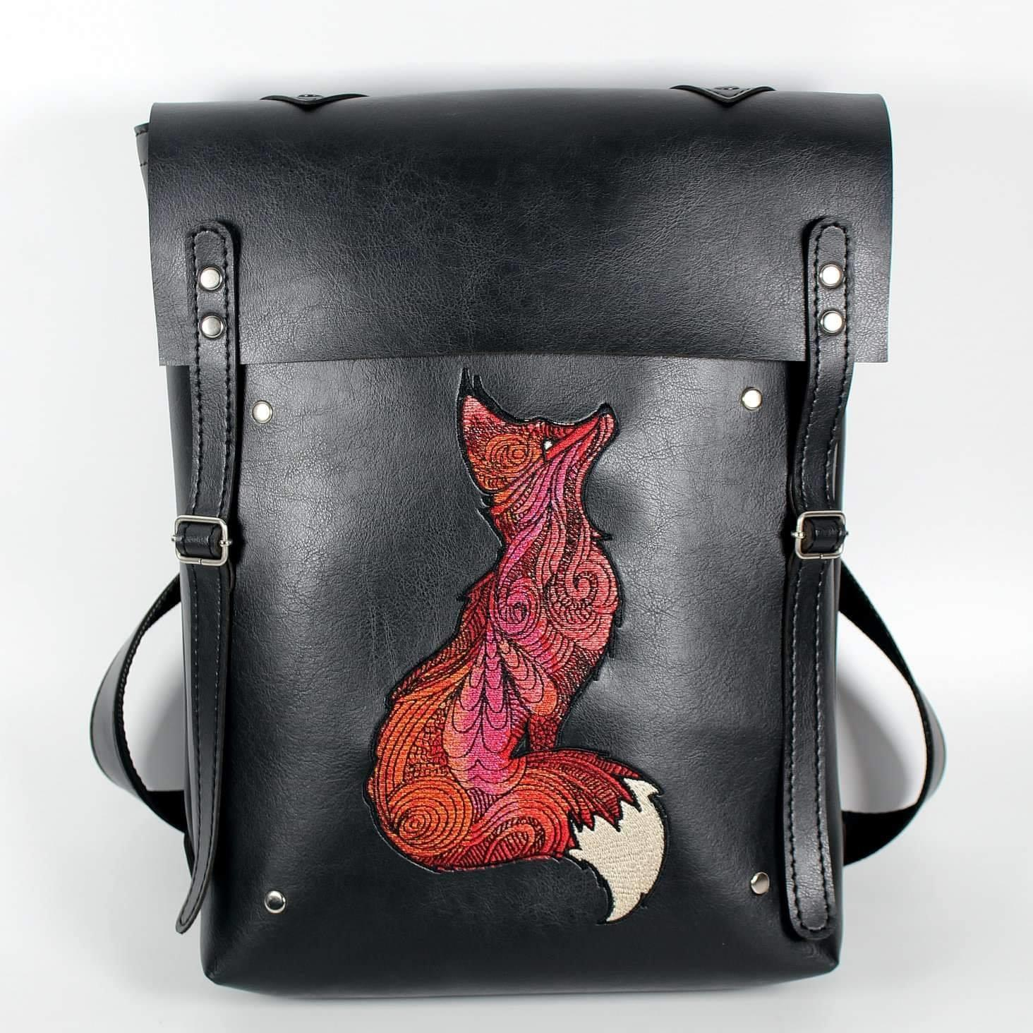 Embroidered bag with Mosaic fox design