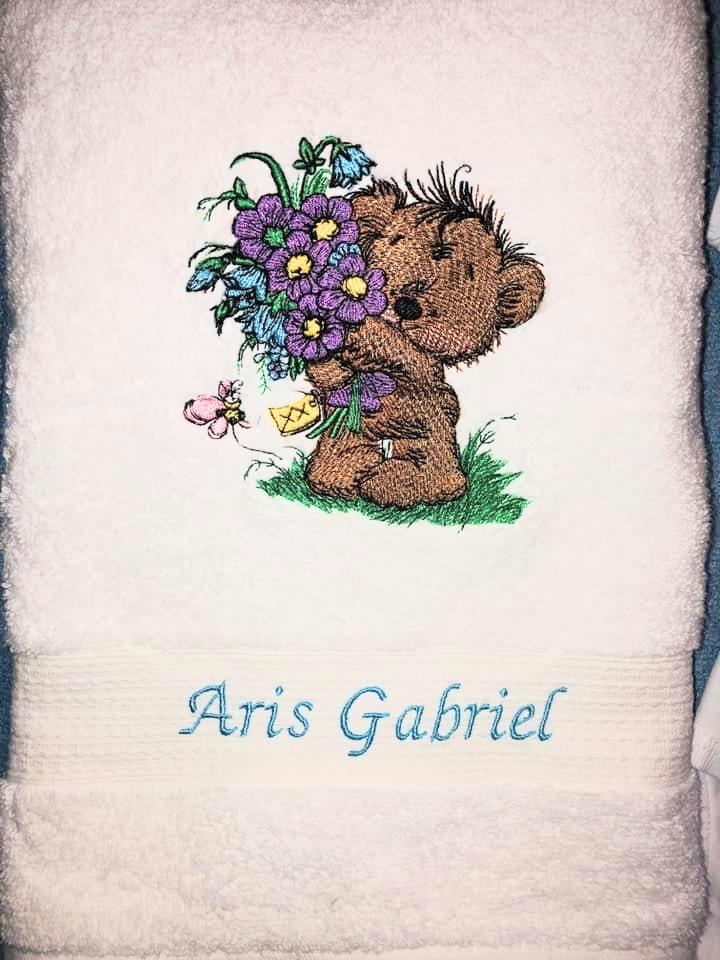 Embroidered towel with Bouquet for you design