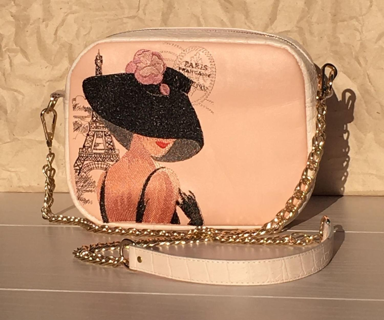 Embroidered woman bag with Mysterious lady design