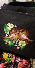 Embroidered bag with Couple of sparrows design