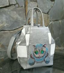 Embroidered bag with Cheshire cat