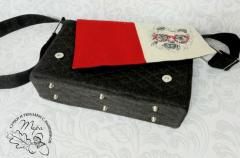Embroidered bag with Little terrier design