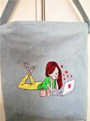 Embroidered bag with Young girl in love design