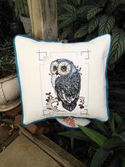 Embroidered cushion with Owl design