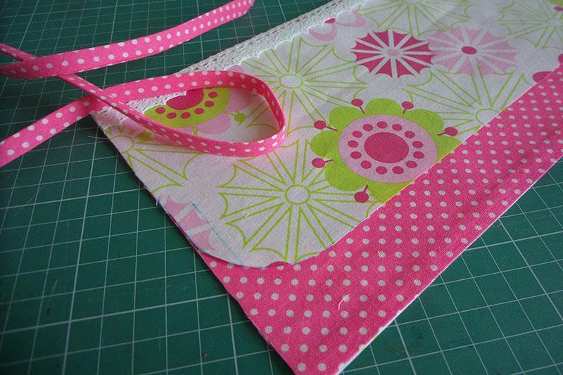 textile-envelope-bias-binding.jpg