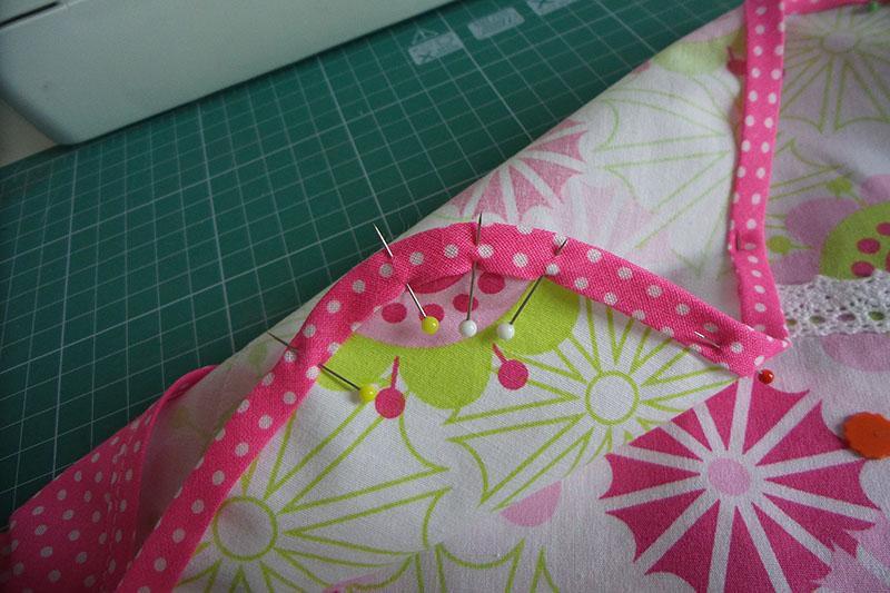 textile-envelope-pinning.jpg