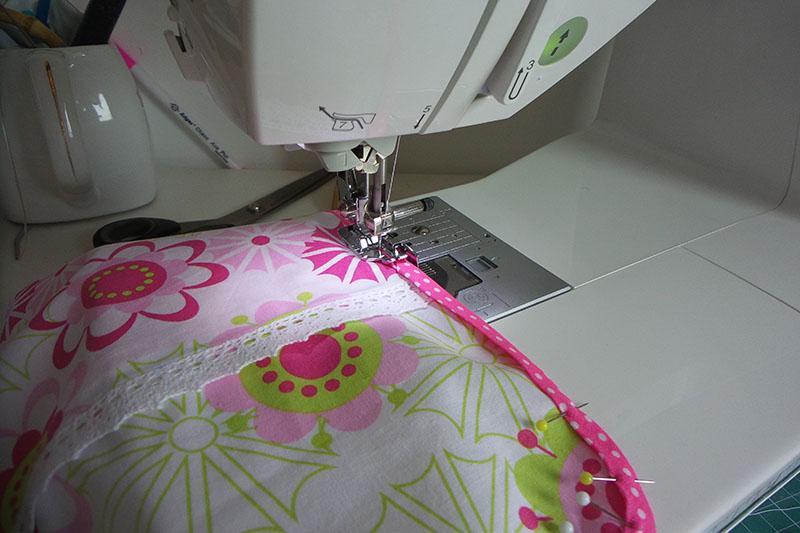 textile-envelope-sewing-binding.jpg