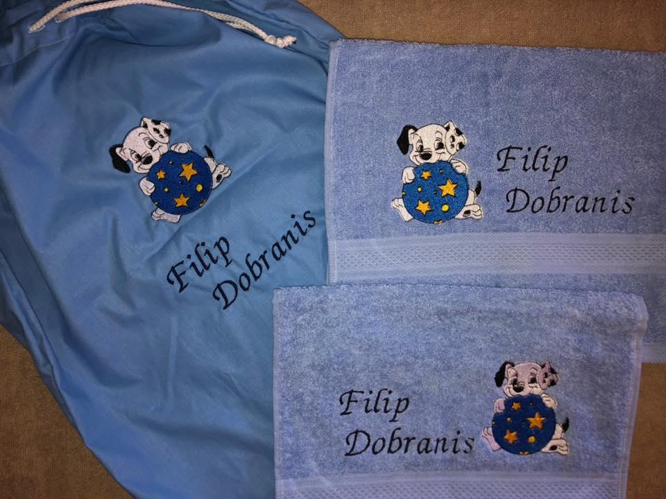 Embroidered set with Puppy design