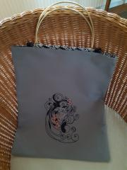 Embroidered bag with Spring girl design