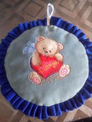 Embroidered cushion with Teddy bear with heart design