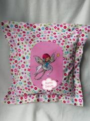 Embroidered pillow with Little fairy design