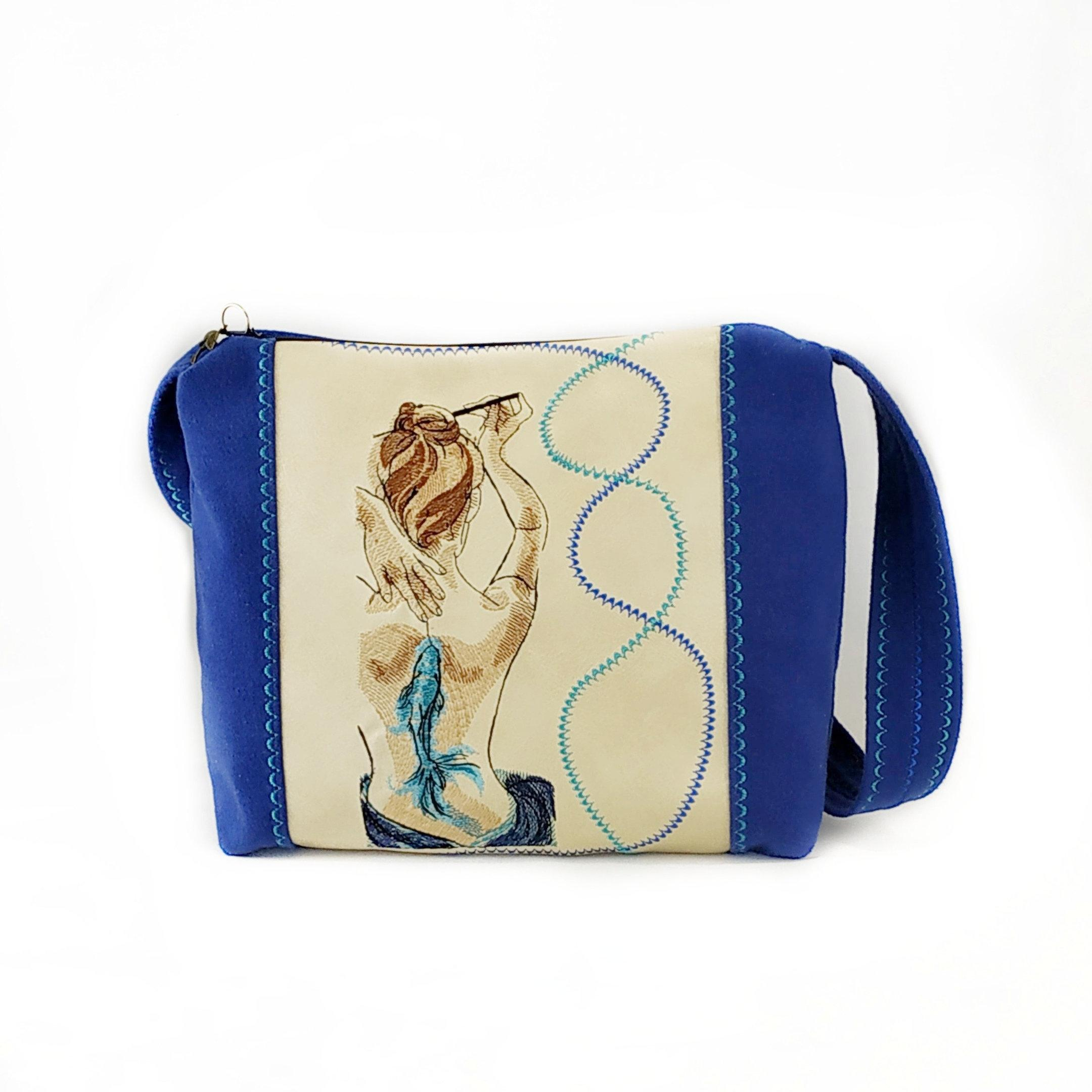 Embroidered bag with Girl's back design