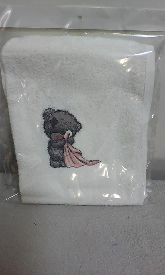 Embroidered towel with Teddy bear after shower design