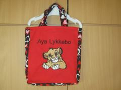 Embroidered bag with Simba design