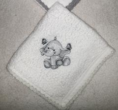 Embroidered napkin with Baby elephant design
