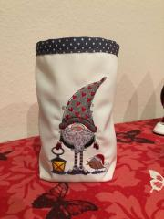 Embroidered basket with Gnome and lantern