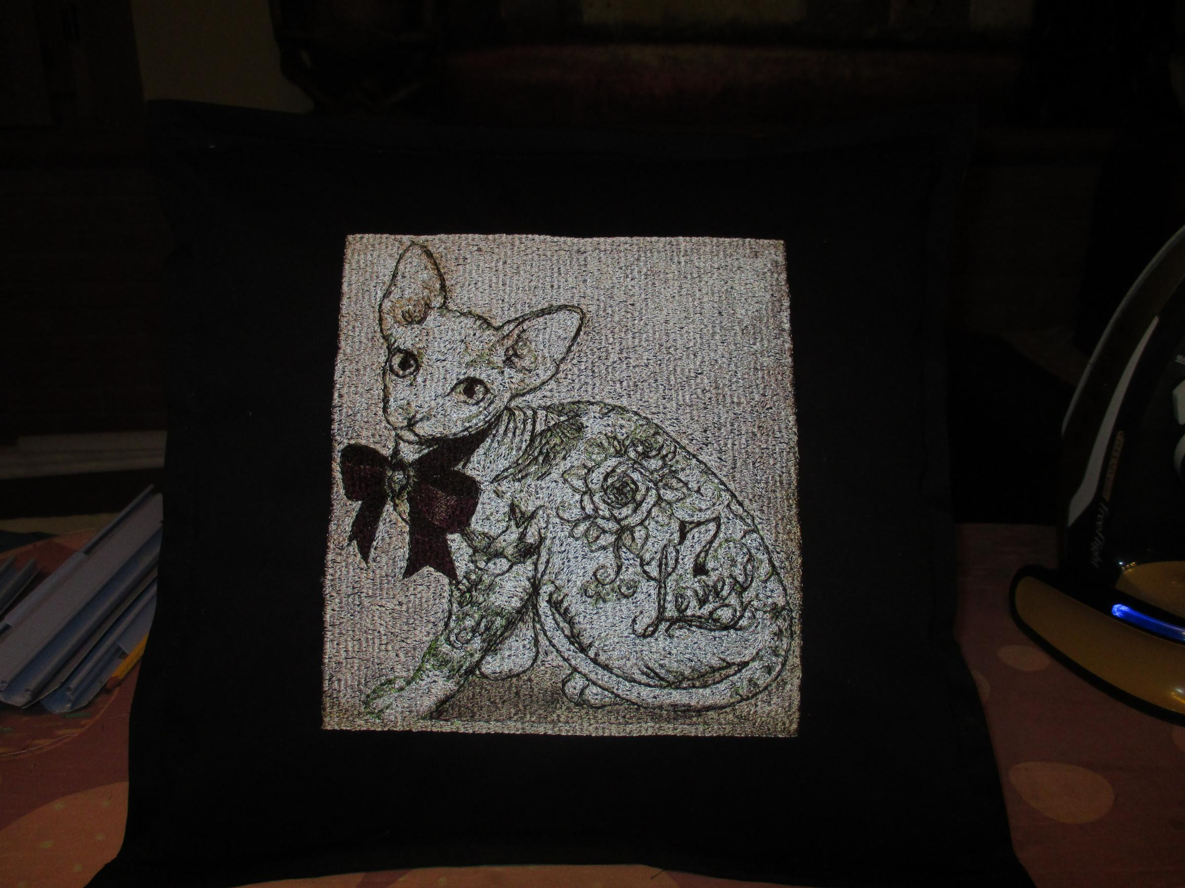 Embroidered cushion with Cat sphinx photo stitch free embroidery design