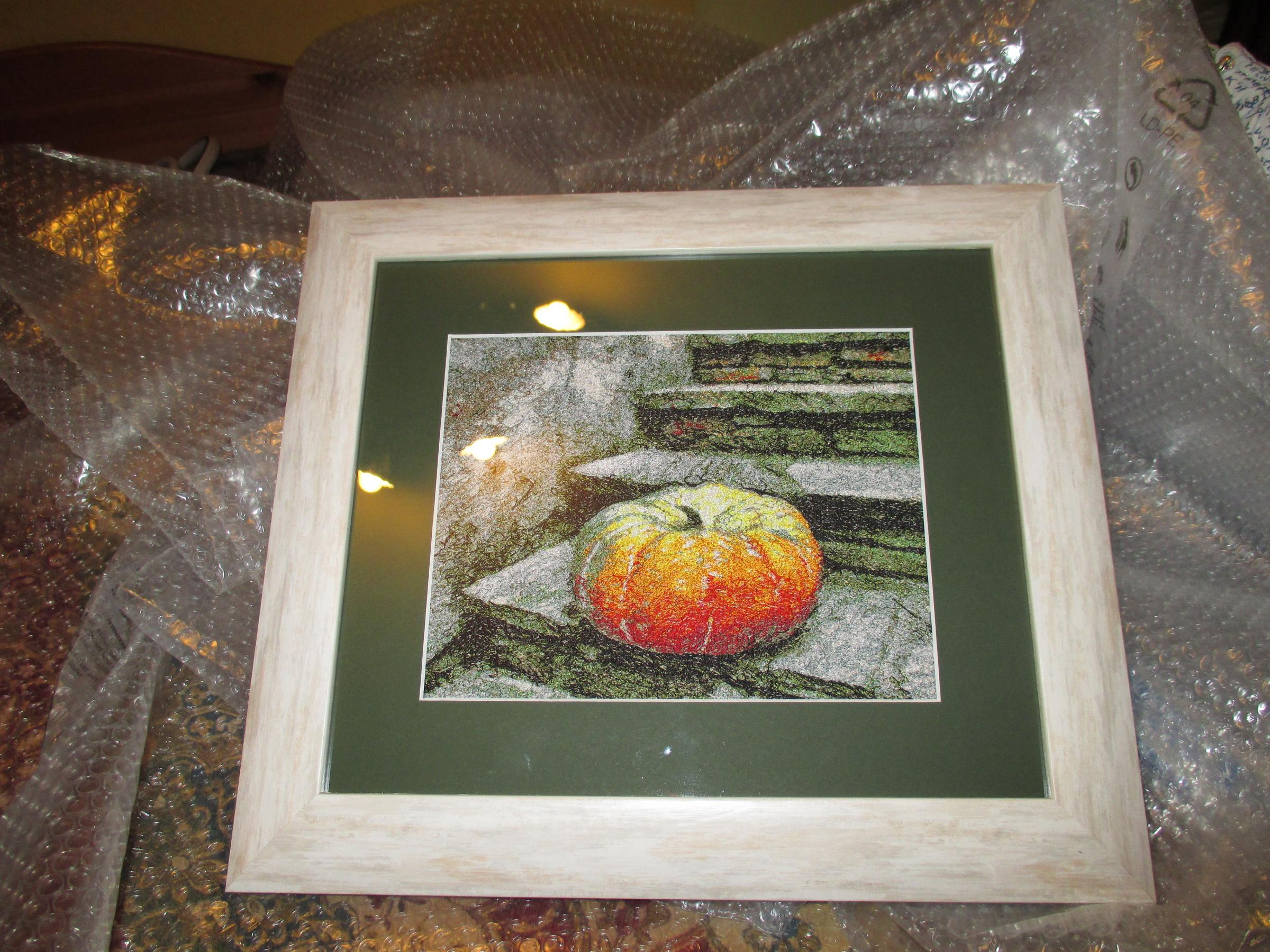 Framed Pumpkin photo stitch embroidery design