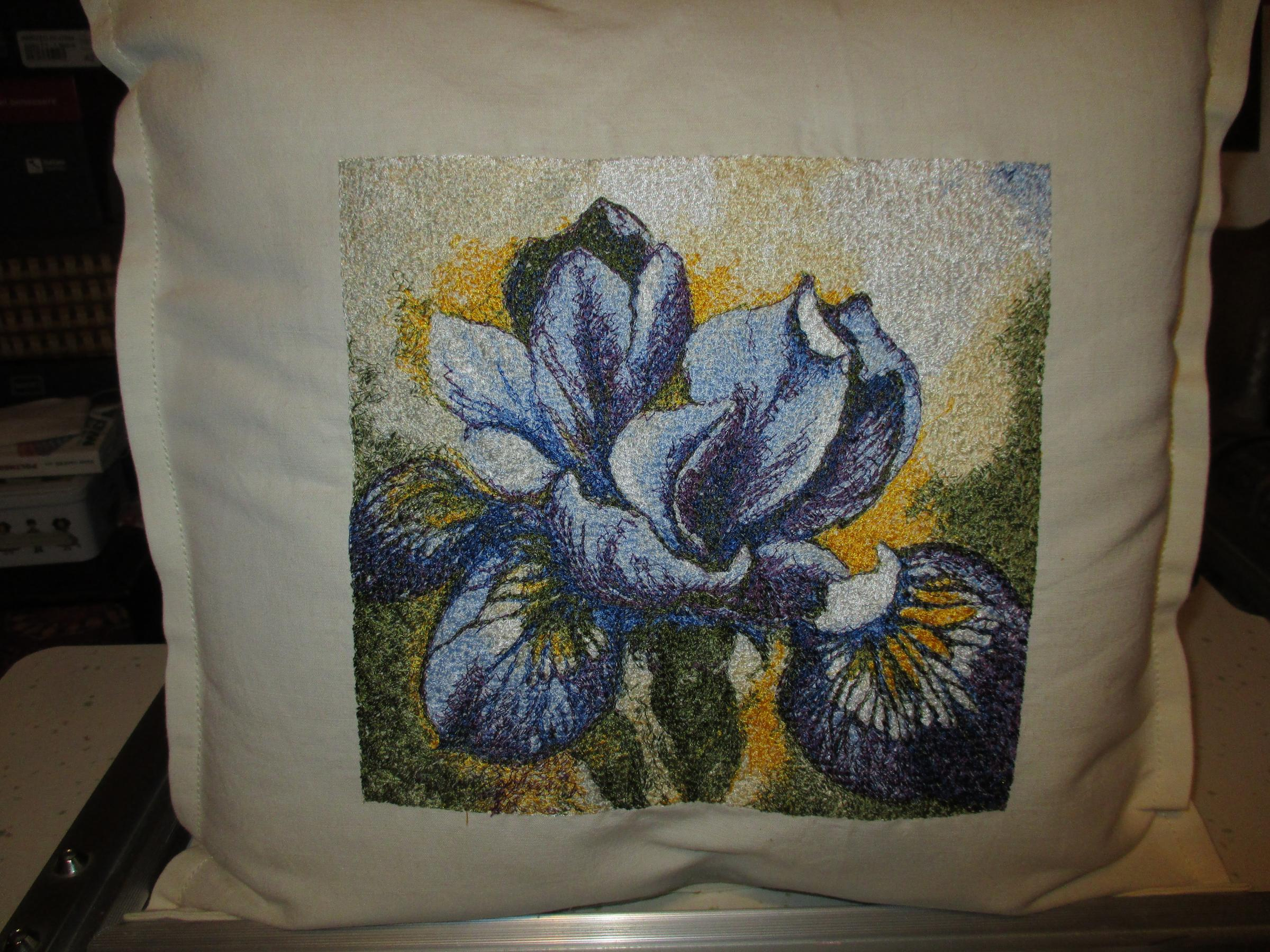 Cushion with Iris free embroidery design