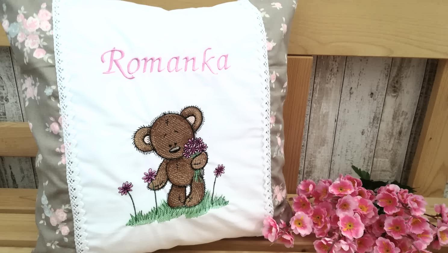 Embroidered cushion with Funny Teddy design
