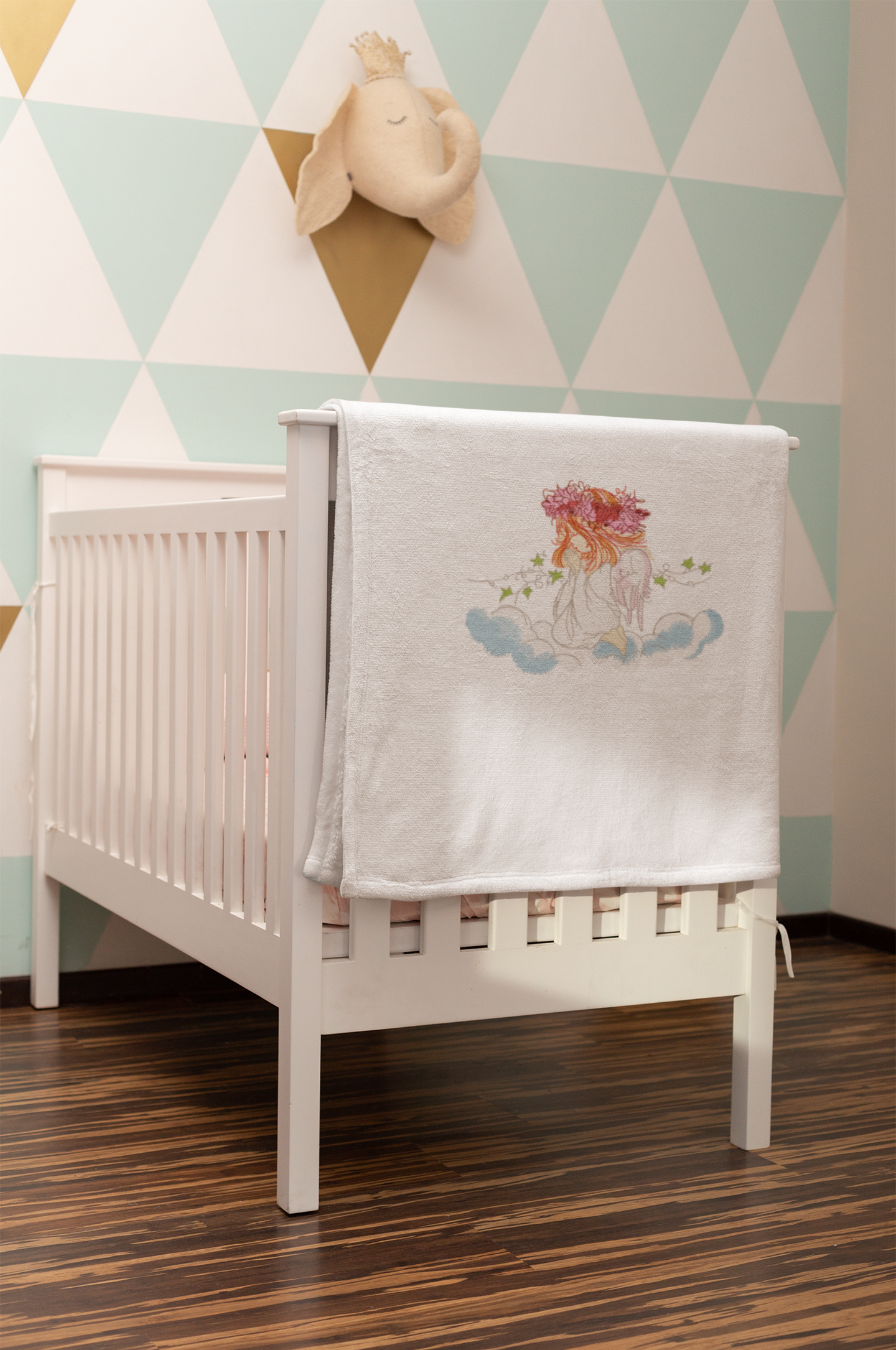 Embroidered towel with Angel design