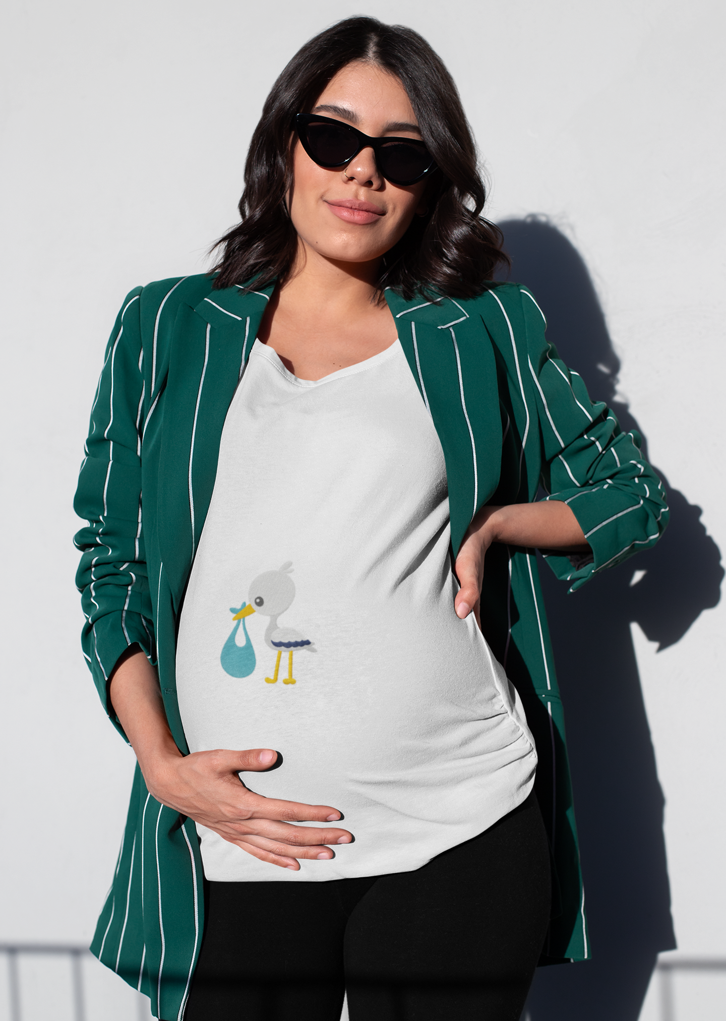 Embroidered t-shirt with Stork with baby design